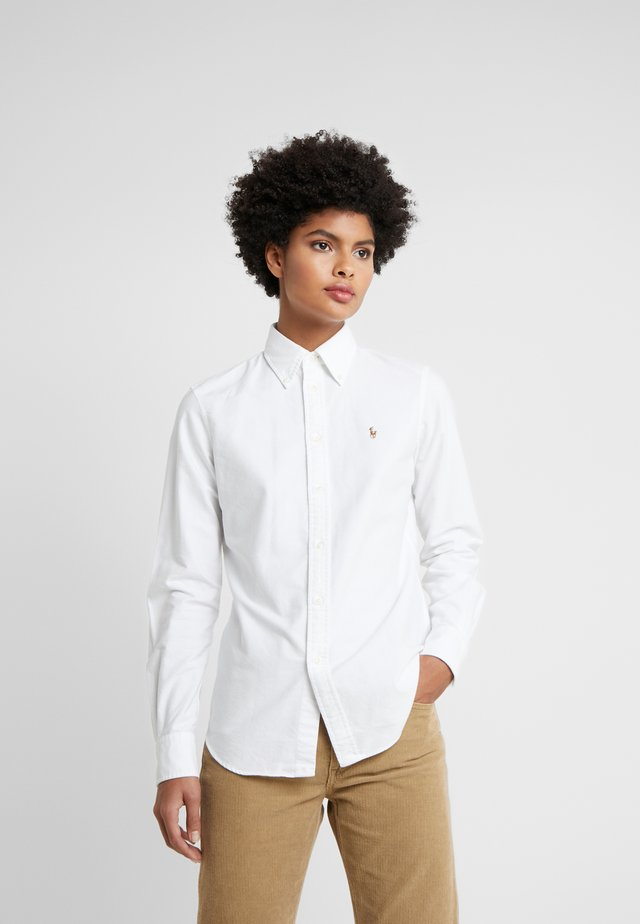 OXFORD KENDAL SLIM FIT - Button-down blouse - white
