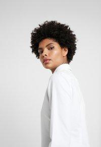 Polo Ralph Lauren - OXFORD KENDAL SLIM FIT - Button-down blouse - white - 4
