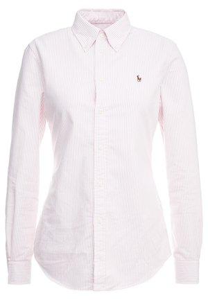 OXFORD KENDAL SLIM FIT - Camisa - pink/white