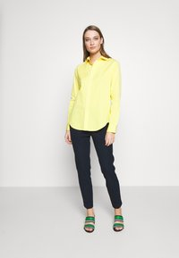 Polo Ralph Lauren - GEORGIA LONG SLEEVE SHIRT - Button-down blouse - yellow/white - 1