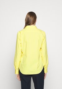 Polo Ralph Lauren - GEORGIA LONG SLEEVE SHIRT - Button-down blouse - yellow/white - 2