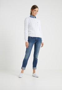 Polo Ralph Lauren - JULIANNA CLASSIC LONG SLEEVE - Maglione - white - 1