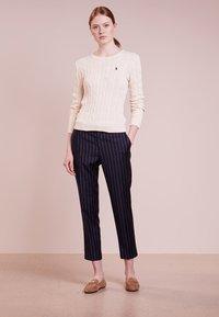 Polo Ralph Lauren - JULIANNA CLASSIC LONG SLEEVE - Maglione - cream - 1