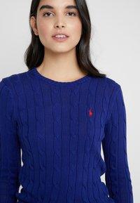 Polo Ralph Lauren - JULIANNA CLASSIC LONG SLEEVE - Sweter - fall royal - 5