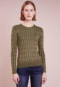 Polo Ralph Lauren - JULIANNA CLASSIC LONG SLEEVE - Jersey de punto - olive - 0