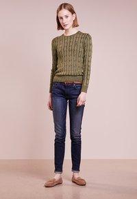 Polo Ralph Lauren - JULIANNA CLASSIC LONG SLEEVE - Jersey de punto - olive - 1