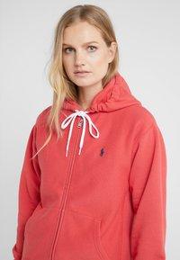 Polo Ralph Lauren - SEASONAL - Zip-up hoodie - spring red - 4