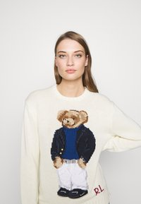 Polo Ralph Lauren - YACHT BEAR LONG SLEEVE  - Sweter - cream/multi - 3
