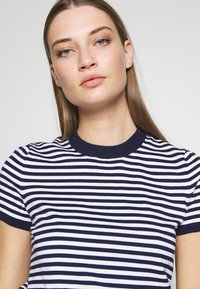 Polo Ralph Lauren - STRIPE SHORT SLEEVE - T-shirt con stampa - bright navy/white - 3
