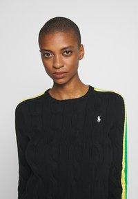 Polo Ralph Lauren - OVERSIZED CABLE - Sweter - black multi - 3