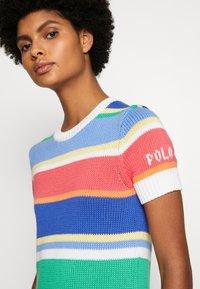 Polo Ralph Lauren - CLASSIC SHORT SLEEVE - T-shirt imprimé - multi - 6