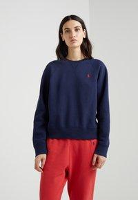 Polo Ralph Lauren - SEASONAL - Sweatshirt - cruise navy - 0