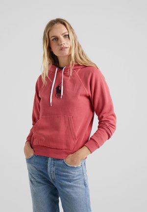 SEASONAL - Bluza z kapturem - nantucket red