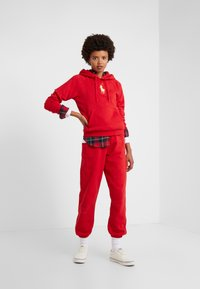 Polo Ralph Lauren - SEASONAL - Felpa con cappuccio -  red - 1