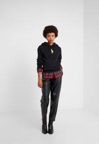 Polo Ralph Lauren - SEASONAL - Luvtröja - black - 1