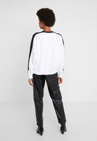 Polo Ralph Lauren - SEASONAL - Bluza - black/white - 2
