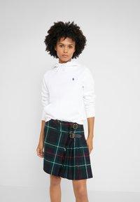 Polo Ralph Lauren - SEASONAL  - Mikina skapucí - white - 0