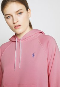 Polo Ralph Lauren - FEATHERWEIGHT - Bluza z kapturem - resort pink - 5