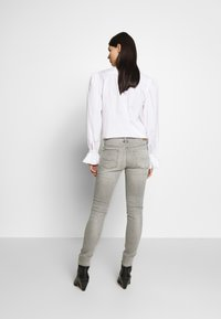 Polo Ralph Lauren - LIGHT ABBY WASH - Jeans Skinny Fit - grey - 3