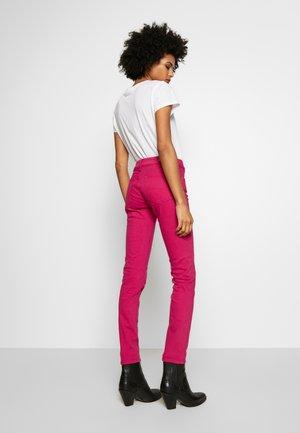 ROSELAKE COLORS - Jeans Skinny Fit - fuschia