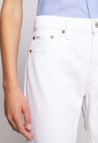 Polo Ralph Lauren - CARDWELL WASH - Relaxed fit jeans - white - 6