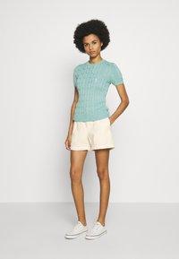 Polo Ralph Lauren - SLIM SHORT - Short - warm white - 1