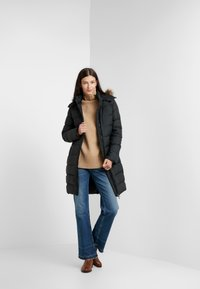 Polo Ralph Lauren - MATTE FINE - Kabát zprachového peří - black - 1