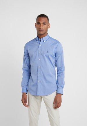 NATURAL SLIM FIT - Shirt - blue end on end
