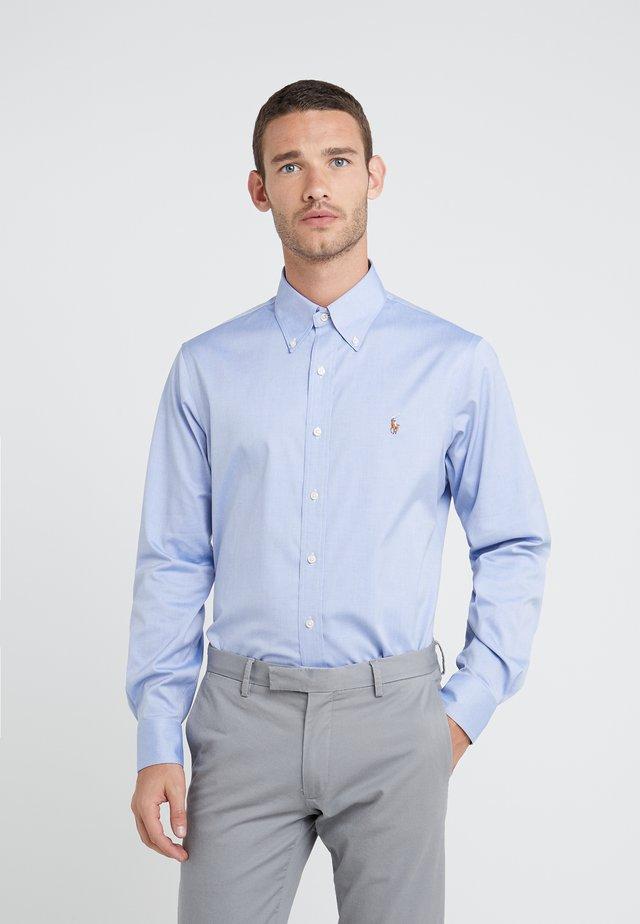 EASYCARE PINPOINT OXFORD CUSTOM FIT - Camicia - true blue/white