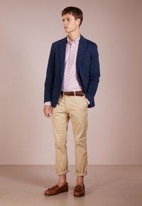 Polo Ralph Lauren - OXFORD SLIM FIT - Skjorta - crimson/white - 1