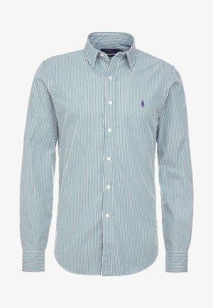 NATURAL PHILLIP - Zakelijk overhemd - green
