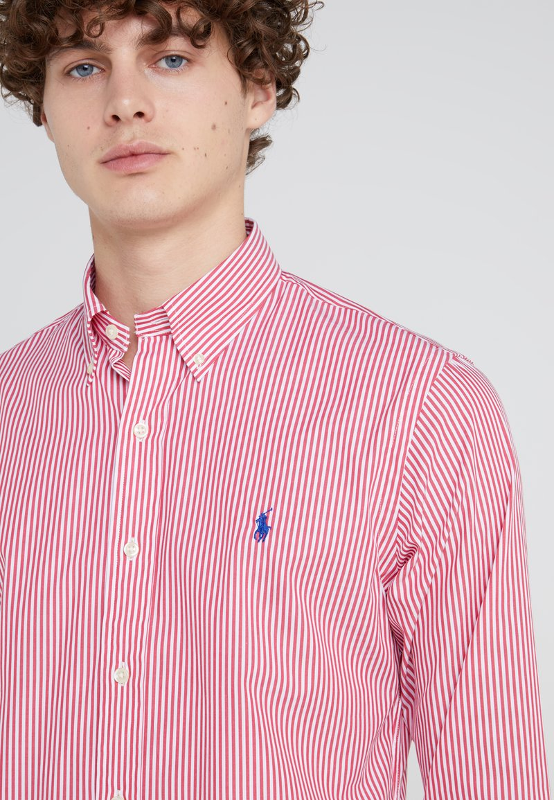Polo Ralph Lauren NATURAL SLIM FIT - Camicia - bermuda red TRG9S1 per la promozione