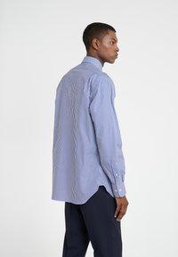 Polo Ralph Lauren - EASYCARE ICONS - Koszula biznesowa - true blue/white - 2