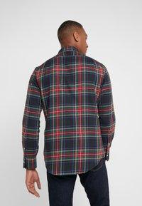 Polo Ralph Lauren - SLIM FIT - Vapaa-ajan kauluspaita - red/dark blu - 2