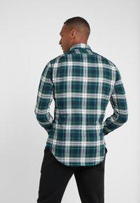 Polo Ralph Lauren - SLIM FIT - Skjorta - green/multi - 2