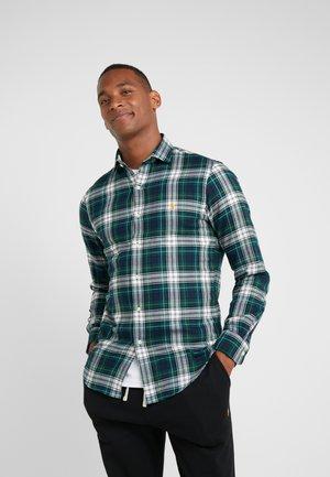 SLIM FIT - Camisa - green/multi