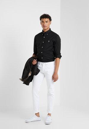 SLIM FIT - Skjorte - black