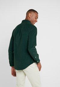 Polo Ralph Lauren - WALE SLIM FIT - Koszula - college green - 2