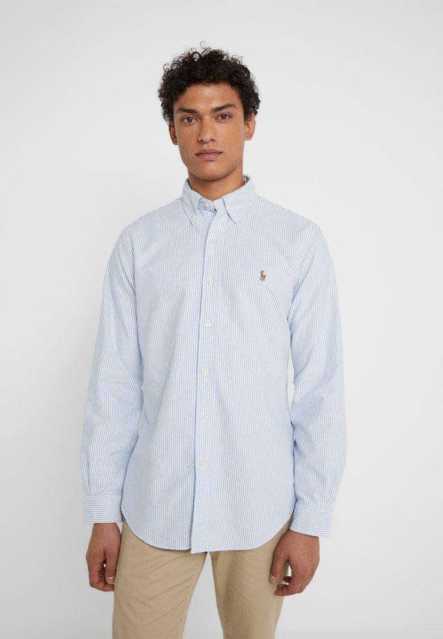CUSTOM FIT  - Skjorter - blue/white