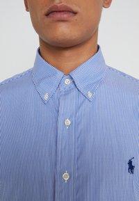 Polo Ralph Lauren - CUSTOM FIT - Chemise - blue/white - 7
