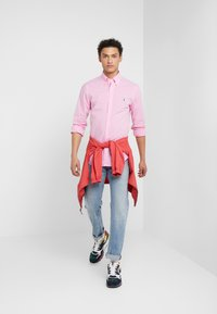 Polo Ralph Lauren - NATURAL SLIM FIT - Camicia - pink/white - 1