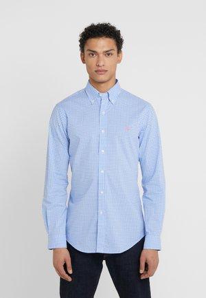 NATURAL SLIM FIT - Košile - light blue