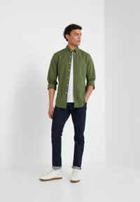 Polo Ralph Lauren - NATURAL SLIM FIT - Camicia - supply olive - 1