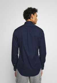 Polo Ralph Lauren - SLIM FIT - Chemise - cruise navy - 2