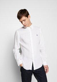 Polo Ralph Lauren - PIECE DYE - Camicia - white - 4