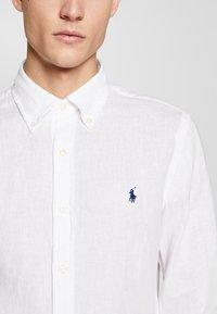 Polo Ralph Lauren - PIECE DYE - Camicia - white - 3