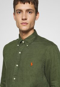 Polo Ralph Lauren - PIECE DYE - Camicia - supply olive - 3