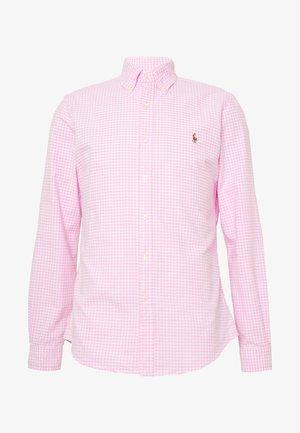 OXFORD SLIM FIT - Shirt - pink/white