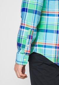 Polo Ralph Lauren - OXFORD SLIM FIT - Košile - green/blue - 3