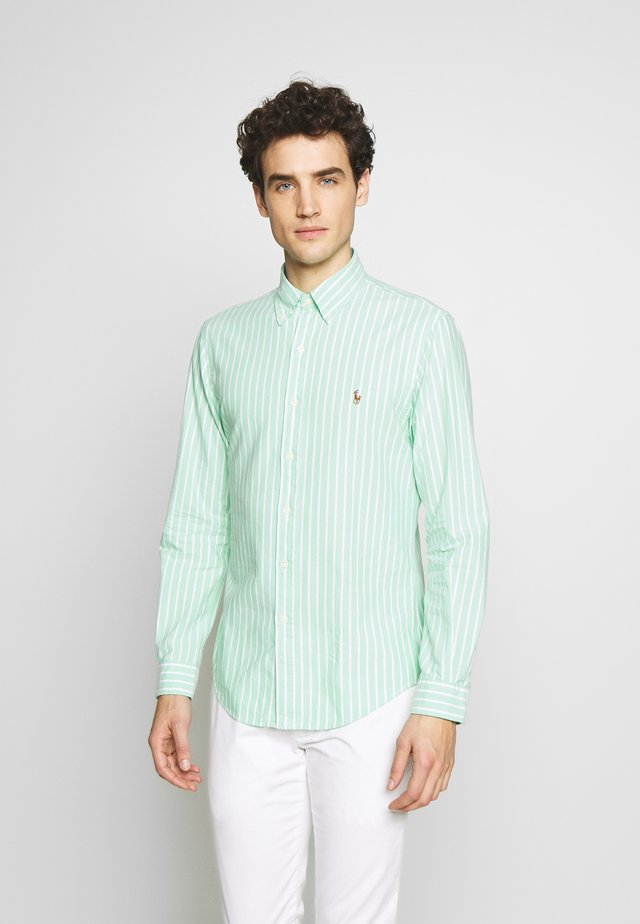 OXFORD SLIM FIT - Skjorta - green/white